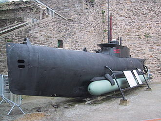Midget submarine - German midget submarine Seehund, with a torpedo