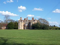 Swakeleys House, Ickenham - April 2010.JPG
