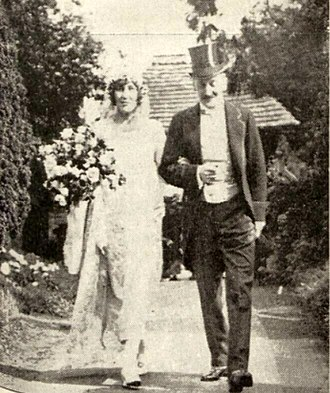 Orchardleigh Estate - Sylvia Duckworth with her father Arthur Campbell Duckworth, 1924.