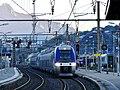 TER Genève-Grenoble du matin entrant à Chambéry (octobre 2017).JPG