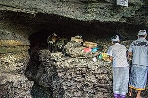 Tanah Lot - Sacred water at Tanah Lot temple