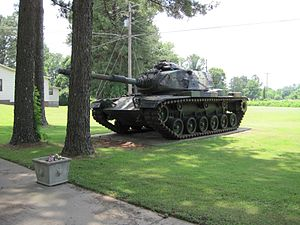 Hernando, Mississippi - Image: Tank at Memorial at VFW Post Hernando MS 03