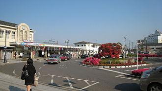 Tatebayashi Station - Station forecourt