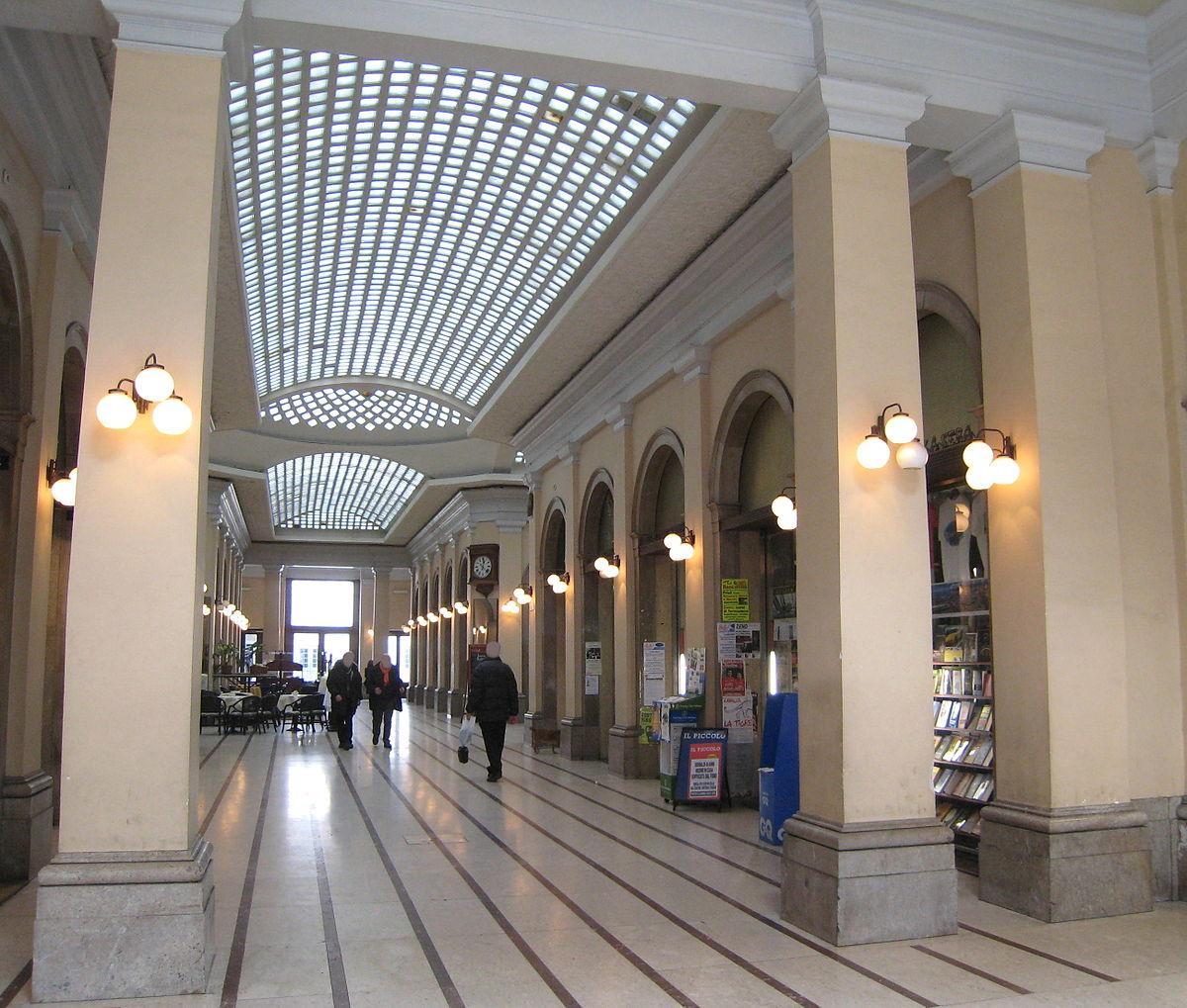 File:Tergesteo Trieste 01.jpg - Wikipedia