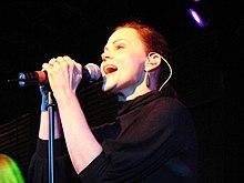 Belinda Carlisle (The Go-Go's. February 04, 2008.)