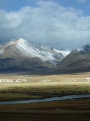 180px-TibetanMountains13.jpg