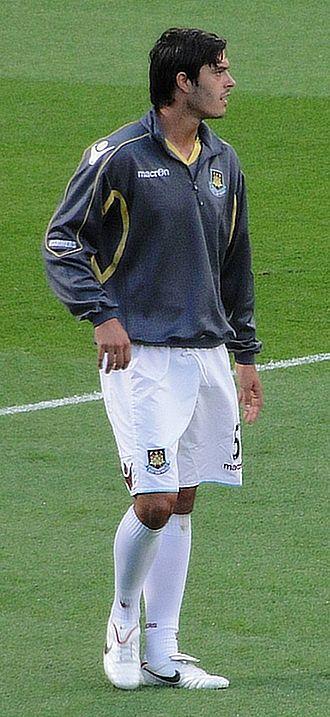 James Tomkins (footballer) - Tomkins playing for West Ham United in 2010