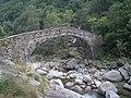 Traversella Ponte Chiara.JPG