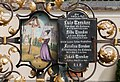 Trenker family grave - Urtijëi - 02.jpg