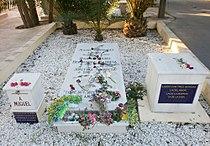 Tumba de Miguel Hernández en el cementerio de Alicante, España.jpg