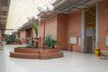 Universidad de Alcalá (RPS 03-01-2016) Facultad de Medicina, corredor.png