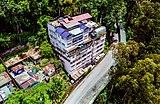 Urban settlements beside Crown Prince Tenzing Kunzang Namgyal Walkway in Gangtok.jpg