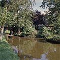 Varen in een met riet beladen Giethoornse punter - Giethoorn - 20351660 - RCE.jpg