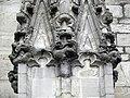 Vitré (35) Église Notre-Dame Façade sud 2ème contrefort 06.jpg