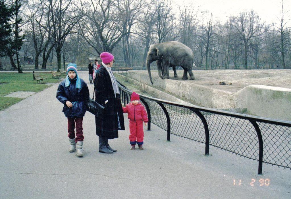 Warsaw zoo elephant 1990