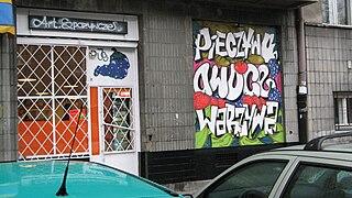 Warszawa Stary Mokotów graffiti on shop window