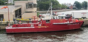 Fireboat John H. Glenn Jr. - Image: Washington DC DCFD fireboat John H Glenn Jr 02 2010 09 16
