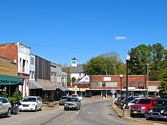 Waynesboro, Tennessee - Buildings along the courthouse square