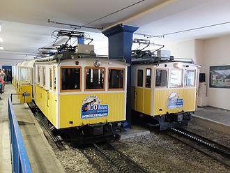 Wendelstein Rack Railway - Image: Wendelsteinbahn Lok 2 und 3 in Bergstation