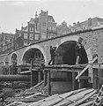 Werkzaamheden aan Torensluis te Amsterdam, Bestanddeelnr 913-4051.jpg