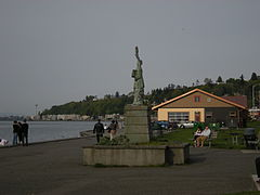 West Seattle Statue of Liberty 02.jpg