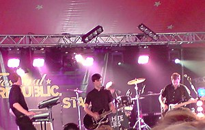 White Lies (band) - White Lies playing at Reading Festival, 23 August 2008