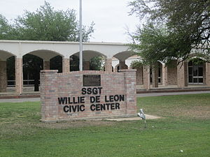 Uvalde, Texas - Image: Willie De Leon Civic Center, Uvalde, TX IMG 1307