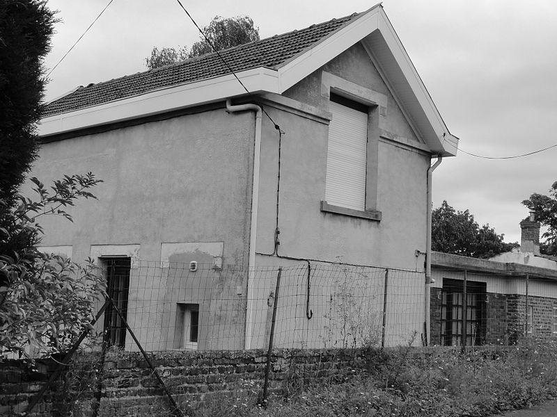 La Fosse n° 7 - 7 bis de la Compagnie des mines de Lens était un charbonnage constitué de deux puits situé à Wingles, Pas-de-Calais, Nord-Pas-de-Calais, France.