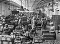 Women at work during the First World War Q30136.jpg