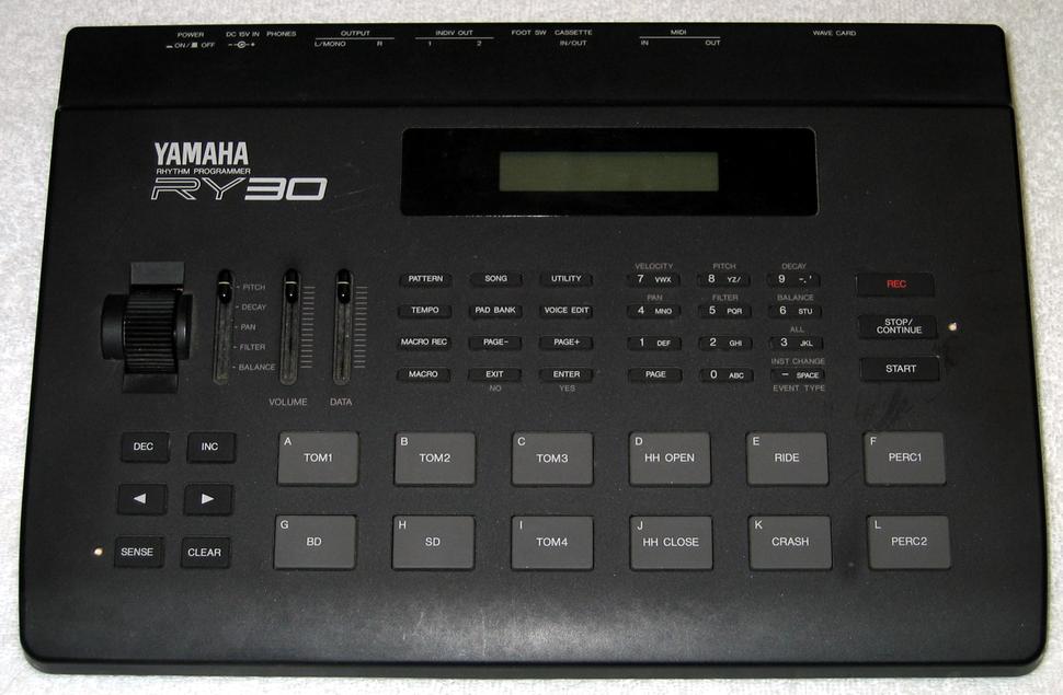Yamaha RY30 front