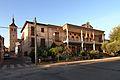 Yunclillos, Ayuntamiento e Iglesia.jpg