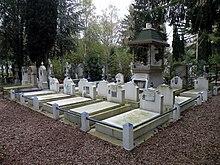 sainte genevi ve des bois russian cemetery wikipedia. Black Bedroom Furniture Sets. Home Design Ideas