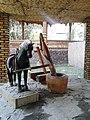 Лошадь и мельница 01.jpg