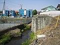 鶴田駅から分岐する橋脚跡.JPG