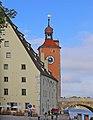 00 2259 Regensburg - Steinerne Brücke mit Salzstadel.jpg