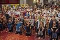 08.01 總統出席「106年度全國原住民族行政會議」,與原住民小朋友們合影 (35470559294).jpg