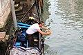 0 Venise, gondolier sur le Rio San Polo (2).JPG