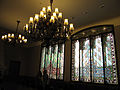 160 Casa Alegre de Sagrera (Terrassa), llums i vitralls del menjador.JPG
