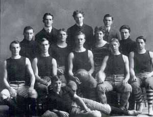 Christian Steinmetz - 1903 Wisconsin basketball team (Steinmetz in middle holding ball)