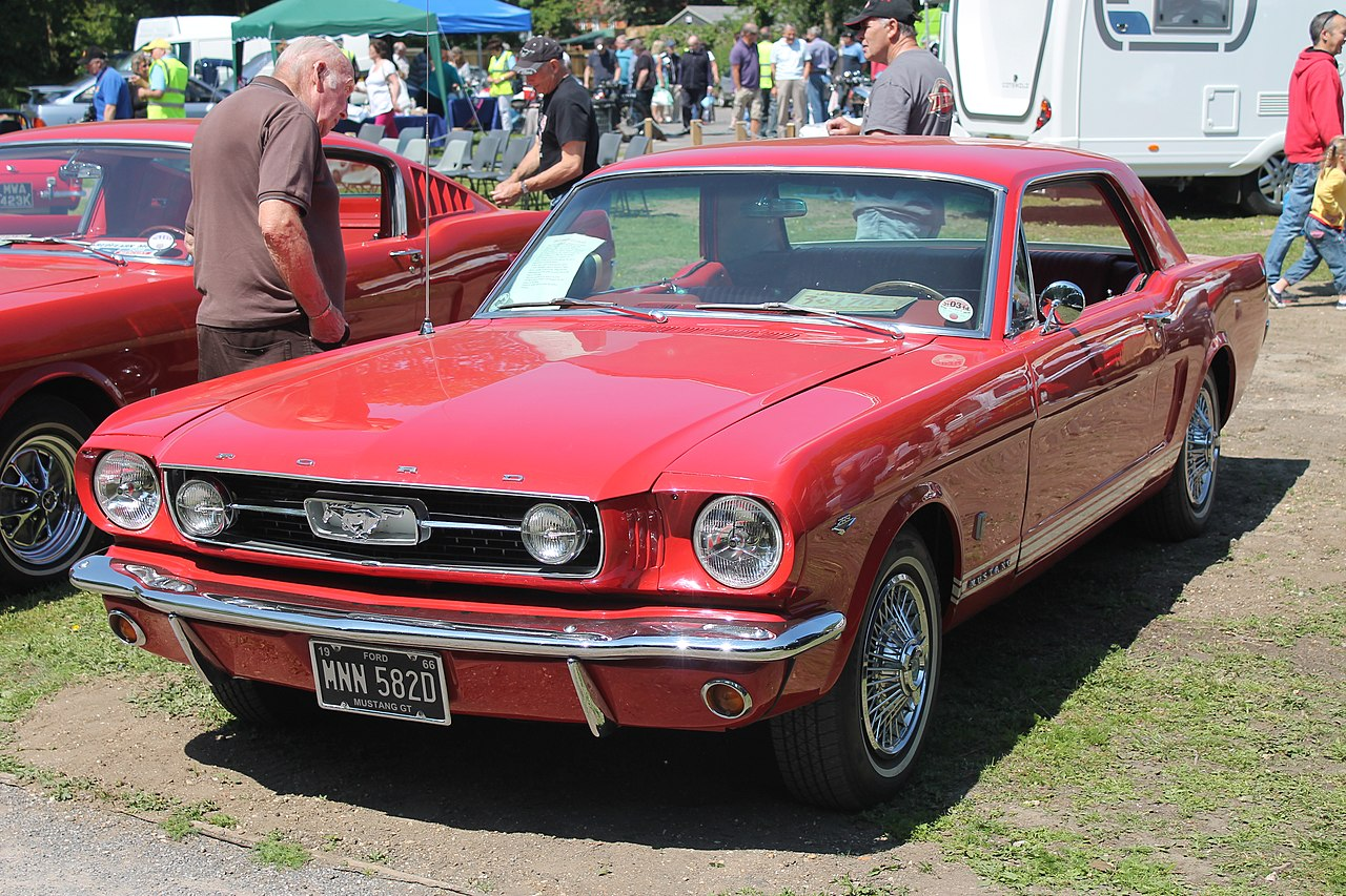 file 1966 ford mustang gt mnn 582d 8988815489 jpg wikimedia commons. Black Bedroom Furniture Sets. Home Design Ideas