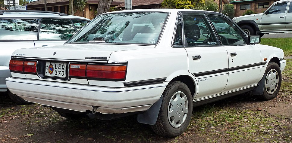 Toyota camry howling pixel 1992 toyota camry sv21 csi limited sedan 2010 07 26 fandeluxe Choice Image