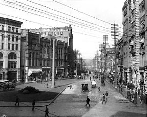History of Seattle - Looking up 1st Ave. from Pioneer Square, 1900