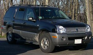 2004 Mercury Mountaineer.jpg
