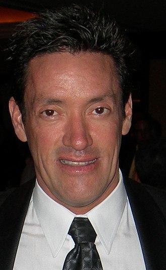 John Duran - Image: 2007 John J. Duran cropped to head and collar
