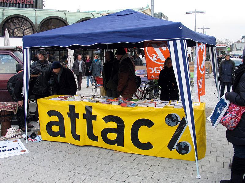File:2013-03-30 attac Hannover Stand zum Ostermarsch vor der Kröpcke-Uhr, II.jpg