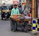 20191207 Sprzedawca warzyw na ulicy Udajpuru 0718 7098.jpg