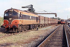 CIE 001 Class - Image: 23.10.93 Wellington Bridge 051 & 012 (6033721762)