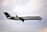 247dd - Comair Canadair RJ 200ER, N403CA@MIA,20.7.2003 - Flickr - Aero Icarus.jpg
