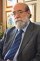 30-11-2009 Diputado Enrique Accorsi Opazo en su oficina, sentado tras escritorio. Plano medio..JPG