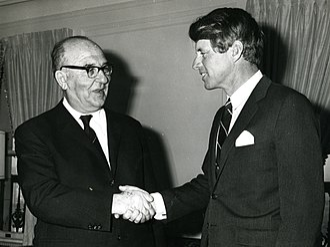 Israel–United States relations -  Israeli Prime Minister Levi Eshkol meeting Senator Robert Kennedy, 1960